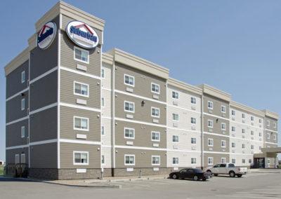 Kindersley 4-Storey Hotel